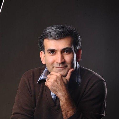 Arash Moayyerian