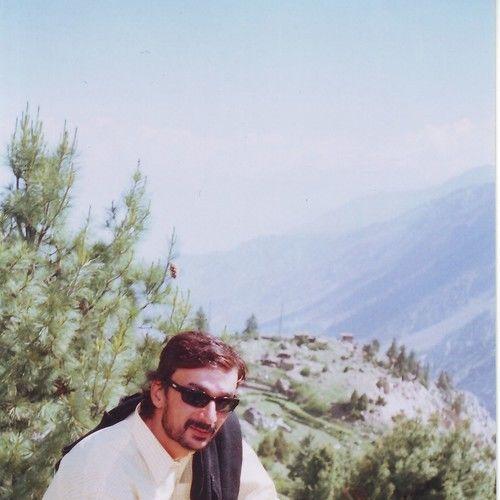 Alber Khan