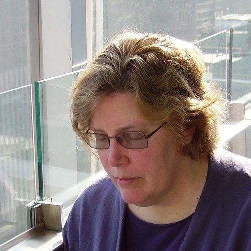 Lauren MacCarthy