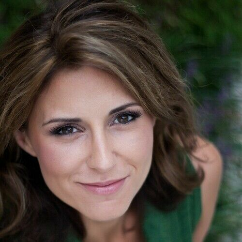 Michelle Damis