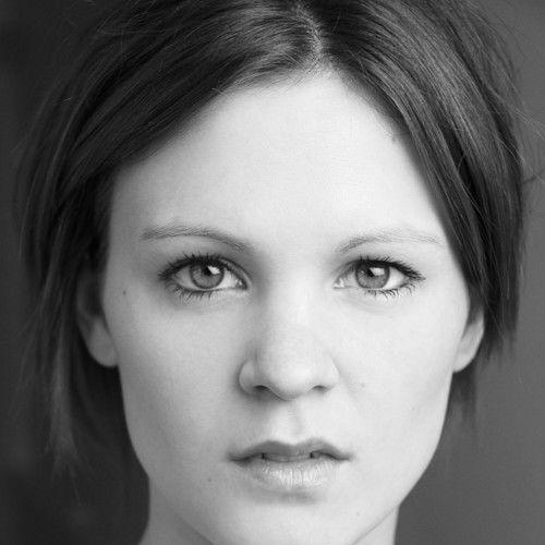 Deanna Leighton