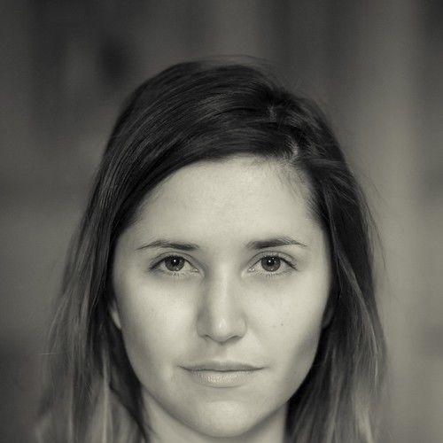 Elizabeth Calvi