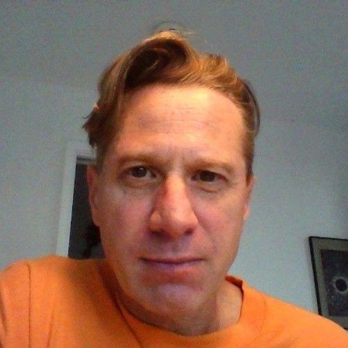 Kenneth Schwenker