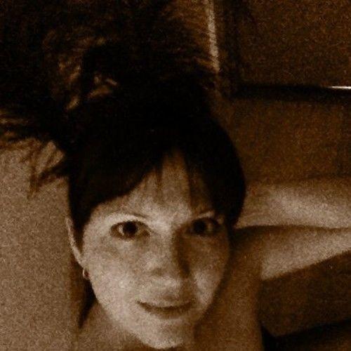 Rebecca Challis