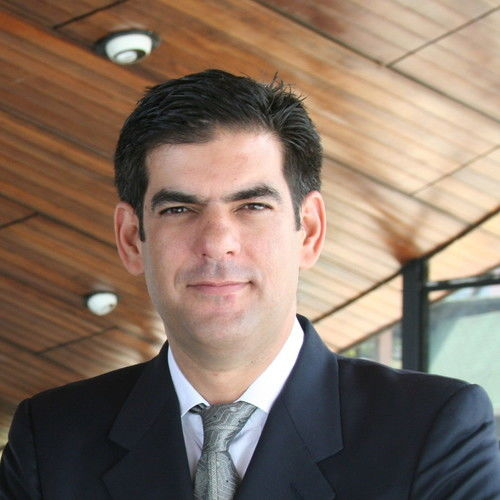 Alejandro Nieves