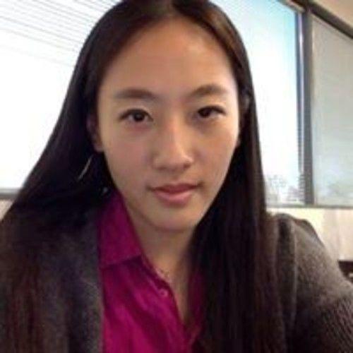 Yiqing Yong