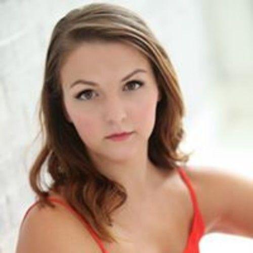 Christina Shores