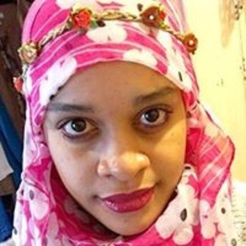 Nur Zahra Young