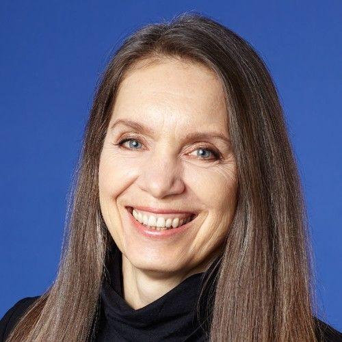 Anne Ross