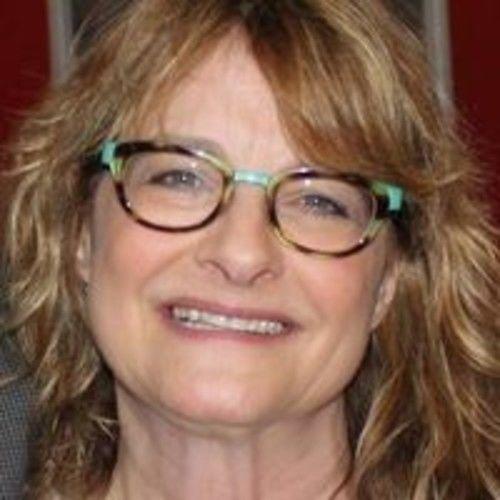 Leslie Bloom