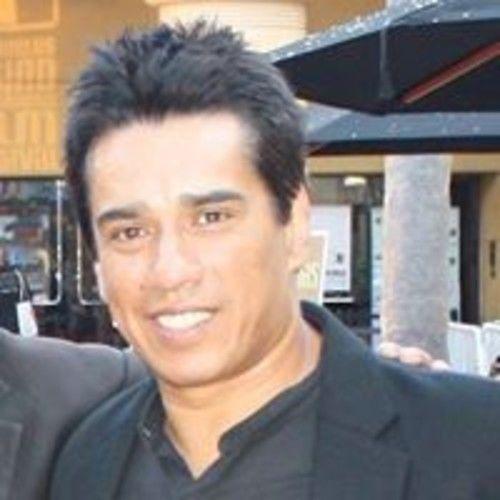 Roberto R Bengoa