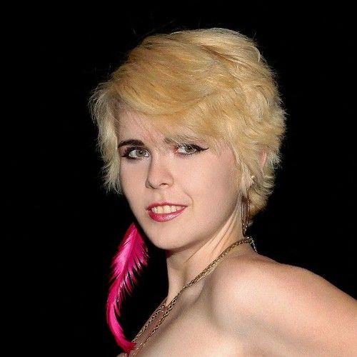 Chloe Bowie