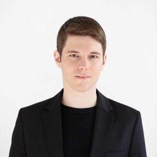 Aaron Drake