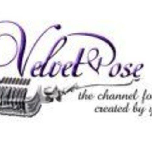 Velvet Pose