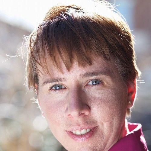 Lesley Sluzynski