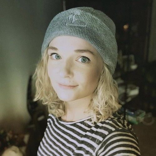 Ellie Main