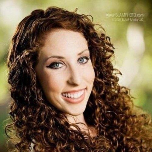 Caitlin Singer