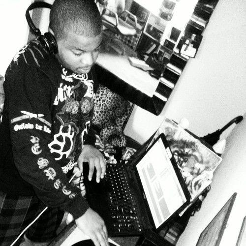 DJ TIPTOE