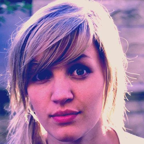 Tania DeJonge