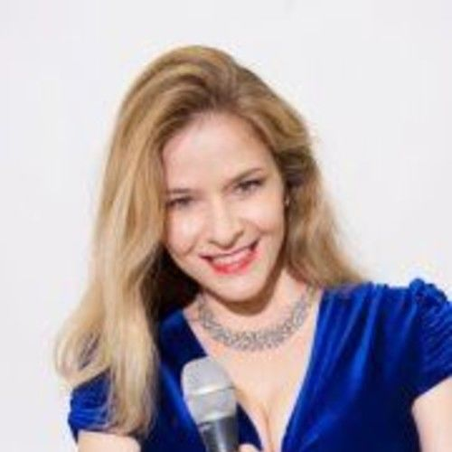 Maya Tozzi