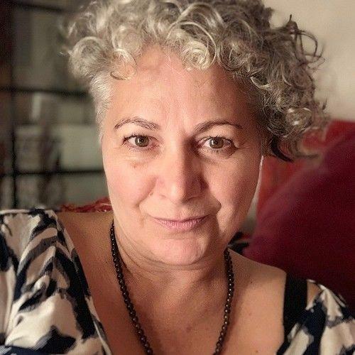 Katharina C Keil