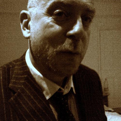 Simon Raymonde