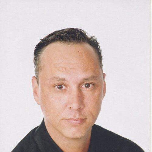 David Leon King