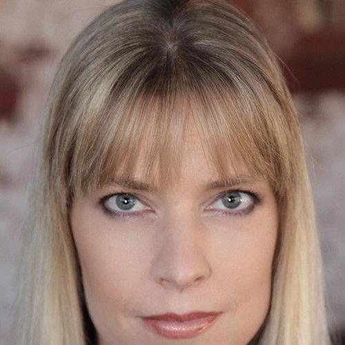 Christine Leoff