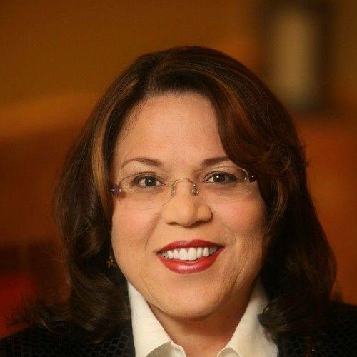 Donna Vincent Roa