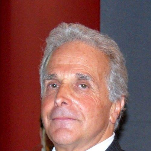 Lee W. Gluckman Jr.