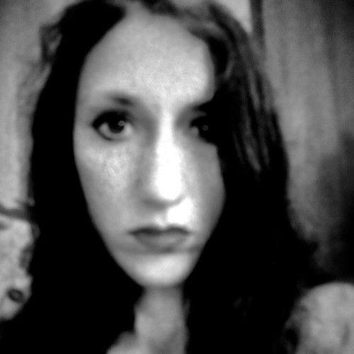 Elisheva Rose-boxer