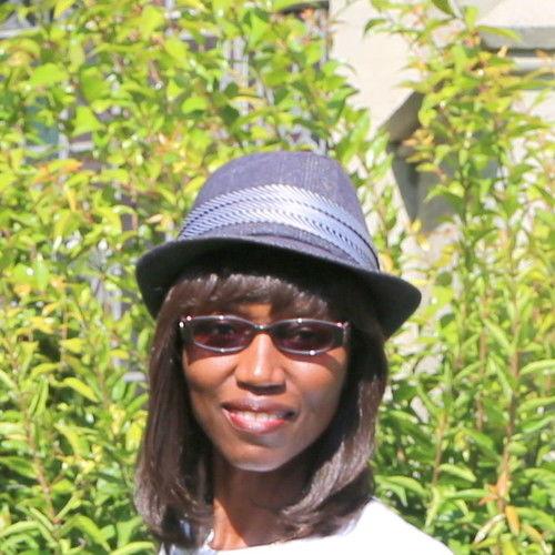 Pamela W Huff
