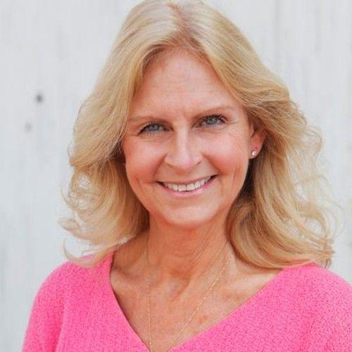 Jennifer M Emett