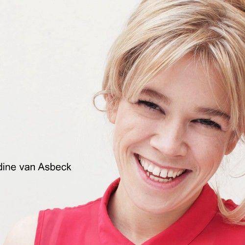 Nadine Van Asbeck