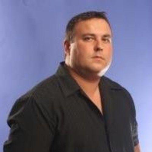 John MacNeil