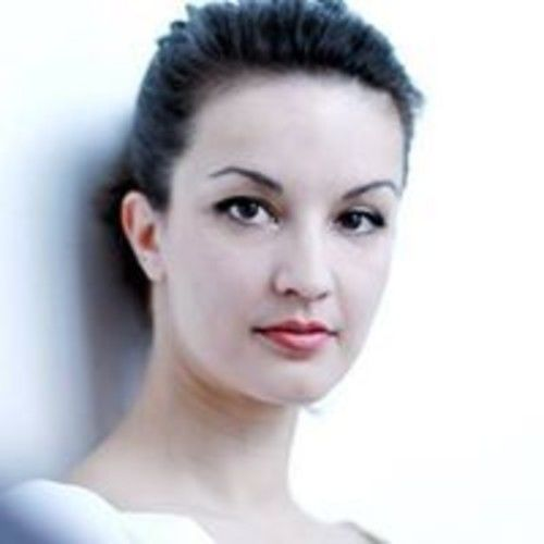 Caroline Artabaz