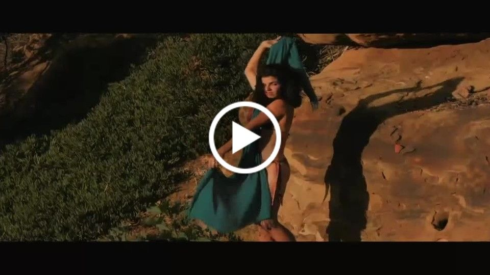 Fashion Film Bikini