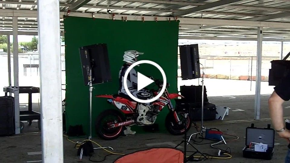 SuperMoto Pilot in 3-D - The Making of