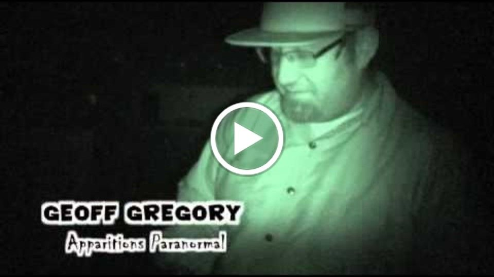 Apparitions Paranormal: Man In The Shadows