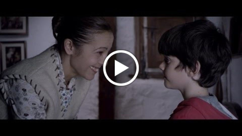 "Trailer ""Ayúdame a recordar"" (Help me remember) directed and written by Fran Casanova"
