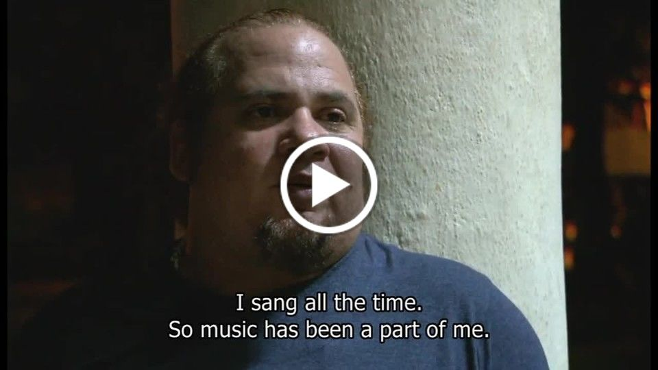 Yo sé de un lugar / I Know of a Place - Kelvis Ochoa living his music