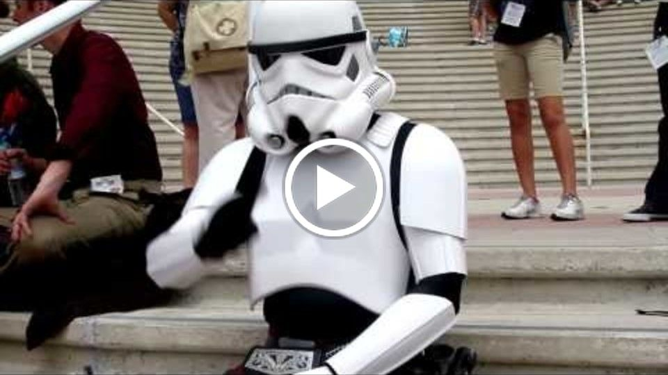 """The Kilted Trooper"" : Stormtrooper In Love at ComicCon"