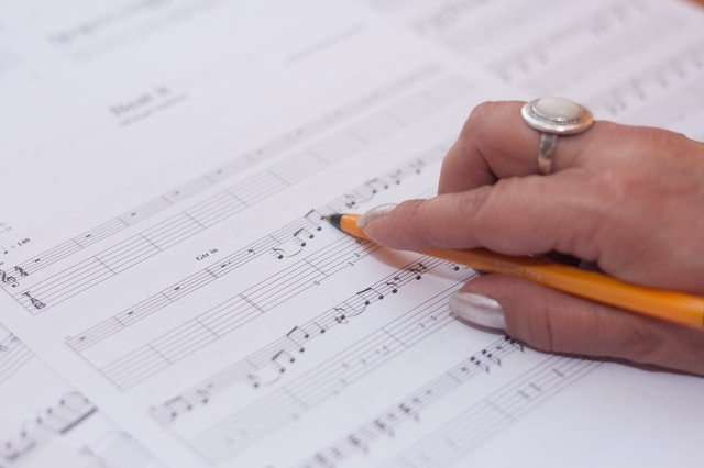 How to Market Yourself as a Film Composer